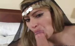 Slutty Arab girl loves to suck and fuck