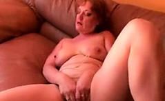 Kinky mature granny dildo fucking her hairy juicy pussy